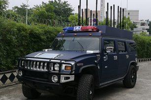 车载式电子攻击与反制系统